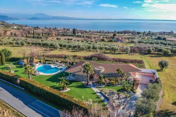 Villa in vendita, Lago di Garda
